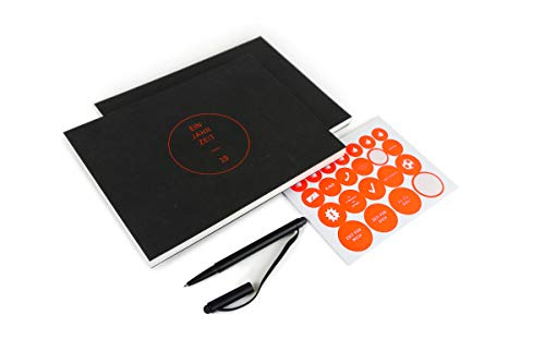 BLUUZ Design-Kalender 2019 & Skizzenbuch Geschenk Set | 23x17cm quer | inkl. Kugelschreiber & Aufkleber | Schwarz & Kupfer-Prägung | Farbiger Druck | limitiert | Made in Germany