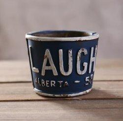 Cenicero Laugh