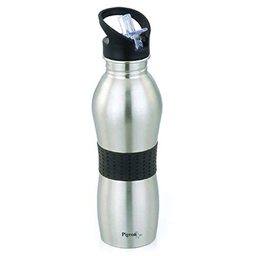 Pigeon Playboy Sport Water Bottle, 700ml (Color May Vary)