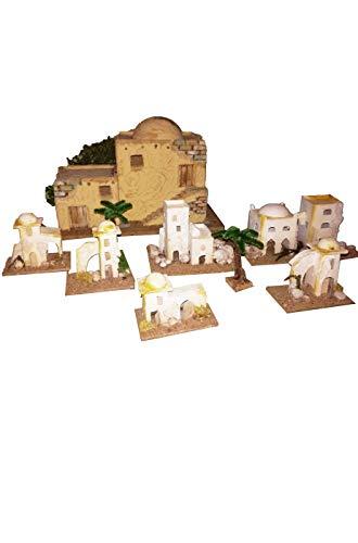 Carnivalhalloween ambientazione presepe palestinese del deserto composta da ben sette case di diverse dimensioni e due palme finte. la casa piu' grande ha base 30cm x 20cm.