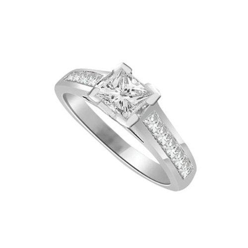 0,65 quilates H/SI1 Anillo solitario de compromiso de diamante para mujer con Princesa diamantes en 18k Oro blanco