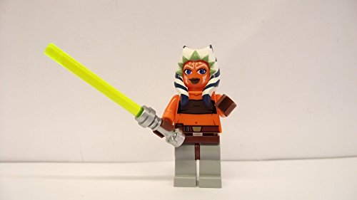 LEGO Star Wars: Ahsoka Minifiguren Mit Grün (Star Wars Clone Ahsoka Lichtschwert Wars)