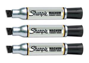 Magnum Sharpie - Pennarello indelebile con punta a scalpello, colore: nero, confezione singola, rif. S0751150