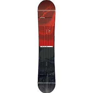 Nitro Snowboards Herren Team 19 Vielseitiges All Mountain Freestyle Freeride Directional Twin Standard Camber Wide Snowboard für Große Füße Board
