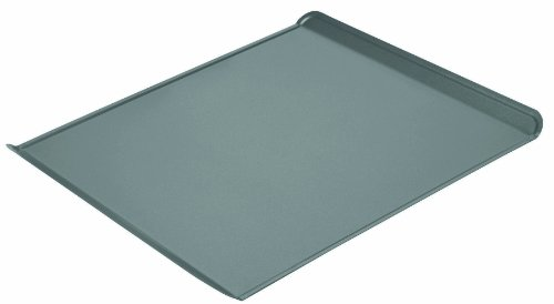 Chicago Metallic 16614 Professional Non-Stick Cooking/Baking Sheet, 14-Inch-by-13.75-Inch Calphalon Pan Brownie