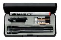 Victorinox Kit Maglite avec lampe AA