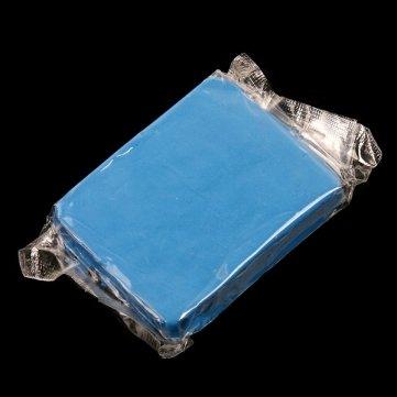 magie-de-man-friday-clean-car-clay-bar-car-detailing-bleu-cleaner