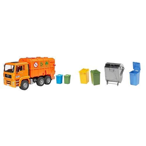 Brüder Kleines Zubehör (Bruder 2760 - MAN Müllwagen, orange &  02607 TOYS Zubehör: Mülltonnen-Set (3 kleine und 1 große Tonne))