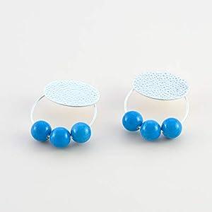 Damen Ohrringe creolen und Harzkugeln. Oval in Hammerschlag und matt Silber.Farbe blau