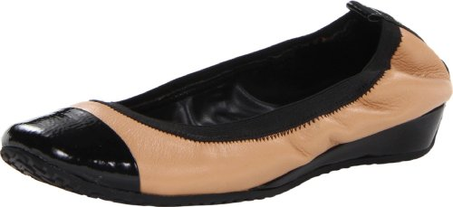 Kenneth Cole Reaction Blink Wink Donna US 10 Beige Ballerine