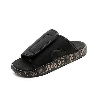 Slippers & amp da uomo;Estate Luce Soles sintetico casuale unita spaccata Nero / Bianco Rosso Nero / Go sandali US9.5 / EU42 / UK8.5 / CN43