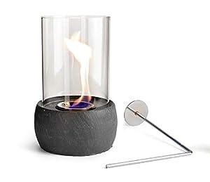 Sie erhalten einen Tischkamin Stone mit Feuerstellenlöscher ohne Bio-Ethanol Maße: - Durchmesser: ca. 19,5 cm vom Sockel - Gesamthöhe: ca. 29 cm Durchmesser vom Glas ca. 14,5 cm
