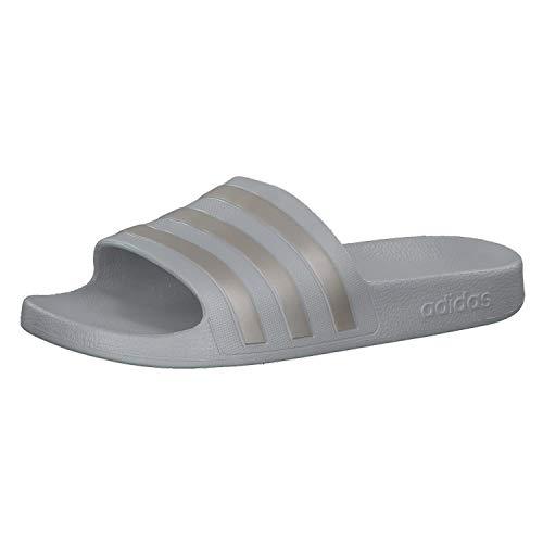 Adidas adilette aqua, scarpe da spiaggia e piscina unisex adulto, grigio f17/platinum met./grey two f17, 38 eu