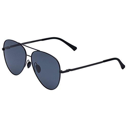 TS Oval Polarisierte Sonnenbrille Männer und Frauen Klassische Sonnenbrille UV400 Sonnenbrille für Outdoor-Tourismus Fahren Sonnenbrille Black Alloy Frame Grey Lens