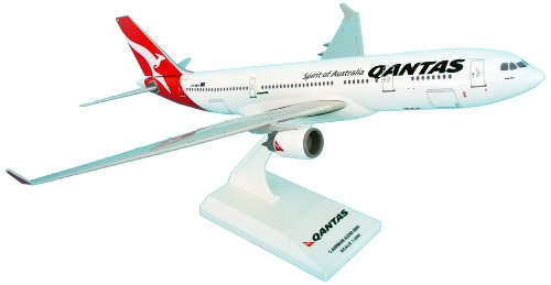 skymarks-skr425-qantas-airbus-a300-600-1200-clip-together-model