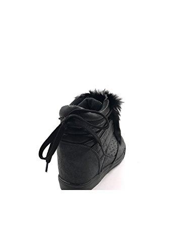 CHIC NANA . Chaussure Mode Baskets femme compensée style similicuir métalisé. Noir