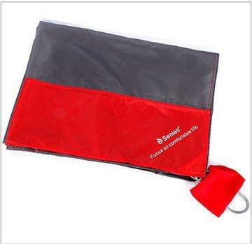 grande-coperta-da-picnic-impermeabile-e-stato-progettato-per-essere-comodo-resistente-facile-da-puli