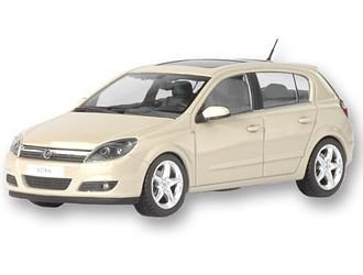 astra-5-door-opel-badged-143-scale-diecast-model
