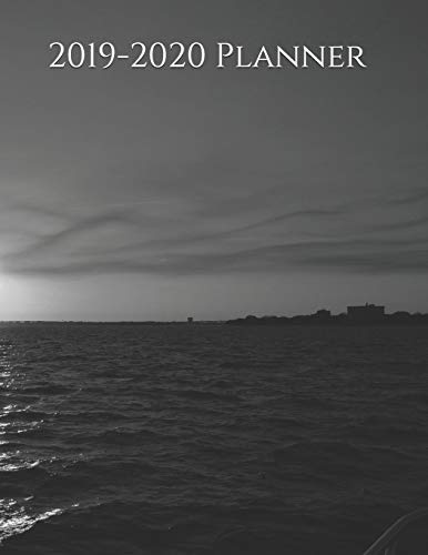 2019-2020 Planner: Minimalist Black & White Beach Design 2019 and 2020 Weekly and Monthly Organizer (2019-2020 Weekly and Monthly Planners, Band 1)