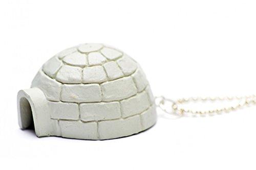 chaine-collier-de-80-cm-en-forme-digloo-inuit-du-sud-de-lalaska