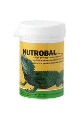 vetark-nutrobal-est-un-produit-multi-vitamine-et-de-calcium-pour-promouvoir-la-croissance-os-a-serpe
