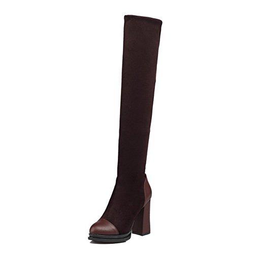 AllhqFashion Damen Elastizität Neck Rund Zehe Blend-Materialien Ziehen Auf Stiefel Braun