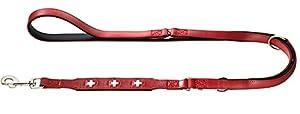 Die dreifach verstellbare Führleine SWISS ist ihr treuer Begleiter im Alltag mit Ihrem Hund. Sie können die Leine aus umweltfreundlich gegerbtem Ökoleder ganz leicht auf genau die Länge einstellen, die Sie gerade brauchen.Die verstellbare Führlein...