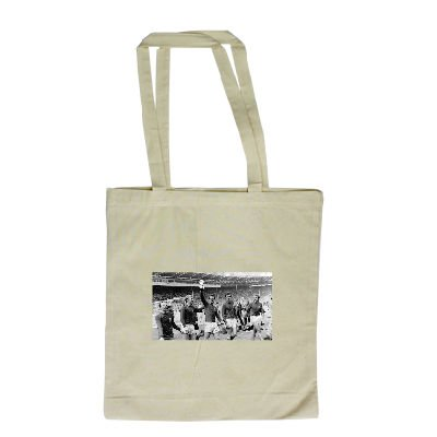 nobby-stiles-and-bobby-moore-1966-england-long-handled-shopping-bag