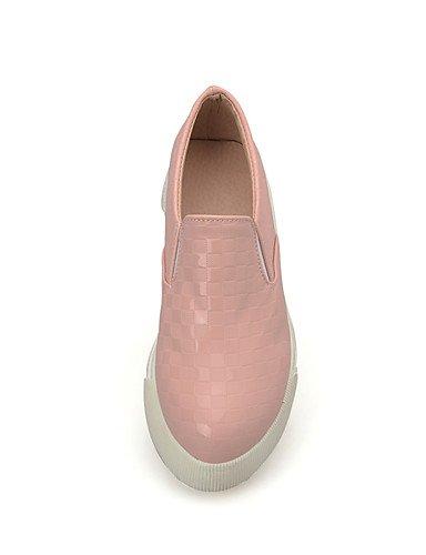 ZQ Damenschuhe-Ballerinas-L?ssig-PU-Flacher Absatz-Stile-Rosa / Wei? / Mandelfarben almond-us9.5-10 / eu41 / uk7.5-8 / cn42