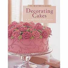 The Wilton School - Decorating Cakes Book / 902-904