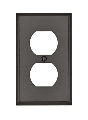Leviton 85003 Outlet Wall Plate