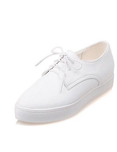 ZQ hug Scarpe Donna - Stringate - Tempo libero / Casual / Sportivo / Scarpe comode - A punta - Piatto - Finta pelle - Nero / Bianco , white-us10.5 / eu42 / uk8.5 / cn43 , white-us10.5 / eu42 / uk8.5 / black-us5.5 / eu36 / uk3.5 / cn35