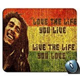 Preisvergleich Produktbild Bob Marley Love The Life You Live Mouse Pad by Vertek Computer Products