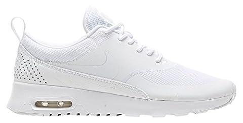 Nike Air Max Thea, Chaussures de Running Femme, Blanc (White/White/White), 41 EU