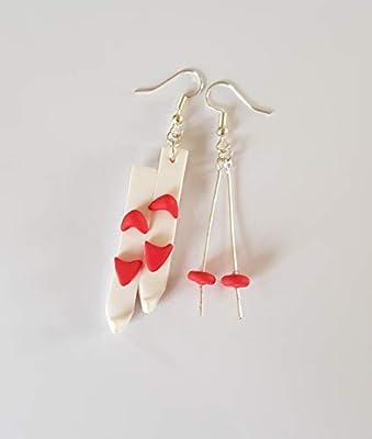 boucles d'oreilles theme hiver,ski,paire de ski et batons,rouge et blanc, boucles dépareillées,boucles originales,theme hiver