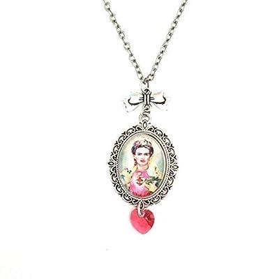 Collier Frida Kahlo, pendentif cabochon en verre d'inspiration vintage avec coeur rose en véritable cristal Swarovski