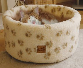 Danish Design Pet Products Ltd Cat Cosy Fleece Bed Cream