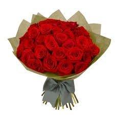 Ramo de 40 Rosas rojas naturales frescas recién cortadas y con verde ornamental. JARRÓN OPCIONAL. Solo envío estándar