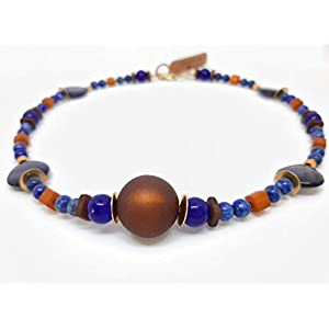 Designer Halskette mit brauner Polaris Perle und blauen Muschelperlen