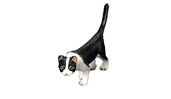 1:24 Scale Dollhouse Miniature Black and White Cat