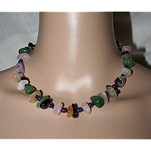 Bunte Halskette aus Halbedelstein