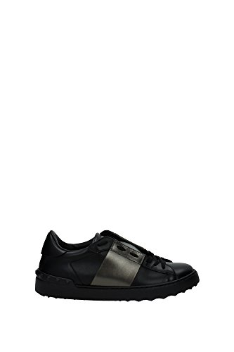 sneakers-valentino-men-leather-black-and-metal-ly0s0830tlvn07-black-5uk