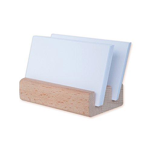 Ligero Hecho de madera de haya ultraligera, este lujoso soporte para exhibición de tarjetas de visita pesa unos 50 gramos y puede llevarse fácilmente a cualquier lugar sin sentir su peso. Puede sostener fácilmente muchas tarjetas de visita sin que se...