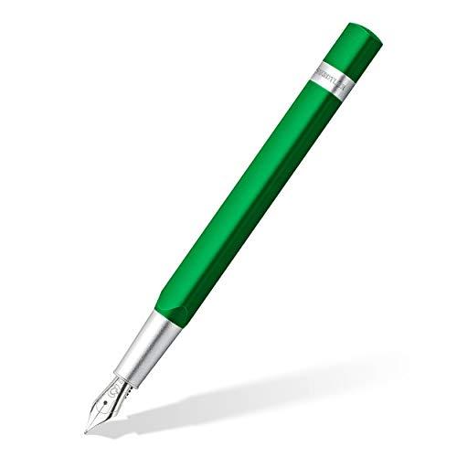 Staedtler 476TRX5 EFST Füller Trx (ergonomische Dreikantform, matte samtweiche Aluminium-Oberfläche, Aufsteckkappe, Standard Tintenpatrone, hochwertige Edelstahlfeder, Farbe: grün, Strichstärke EF)