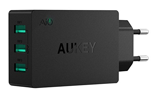 Aukey PA-U35 3 Port 30W USB Wall Charger with Ai Power Smart Charging (Black)