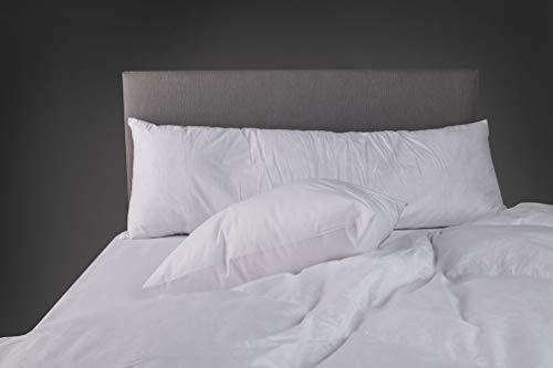 Ein 152 cm Kingsize-Bett Entenfederkissen 48 cm x 152 cm