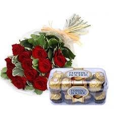 dulce-san-valentin-ramo-de-12-rosas-rojas-naturales-frescas-caja-16bombones-ferrero-rocher-nota-pers