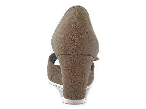 CINZIA SOFT,Sandalo in ecocamoscio beige, zeppa 7cm. e suola antiscivolo,-51538 Sand