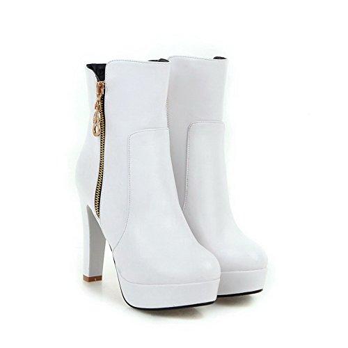 AllhqFashion Damen Niedrig-Spitze Hoher Absatz Rund Zehe Stiefel mit Metallisch Weiß