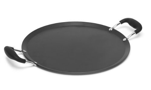 """Imusa CAR-52021T Large Round Comal with Bakelite Handles 13.5-Inch, Black USA Carbon Steel, 14"""""""